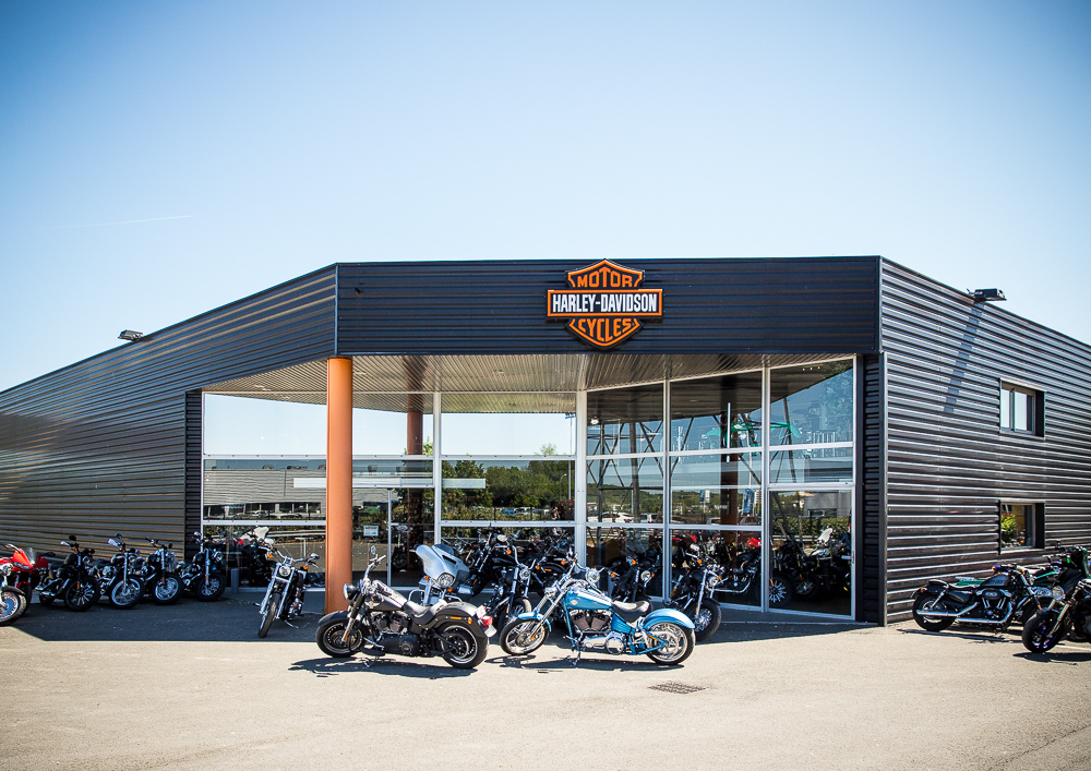 la concession harley davidson bordeaux. Black Bedroom Furniture Sets. Home Design Ideas